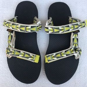 TEVA 7 sandals